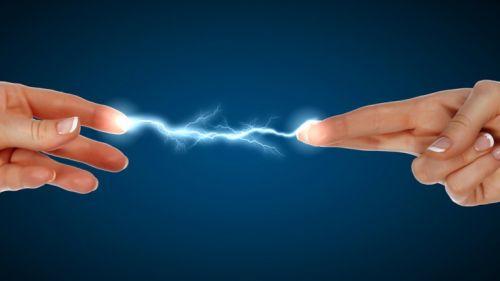 Podczas zabiegów wytwarzana jest mała ilość ciepła na skutek oddziaływania energii elektromagnetycznej