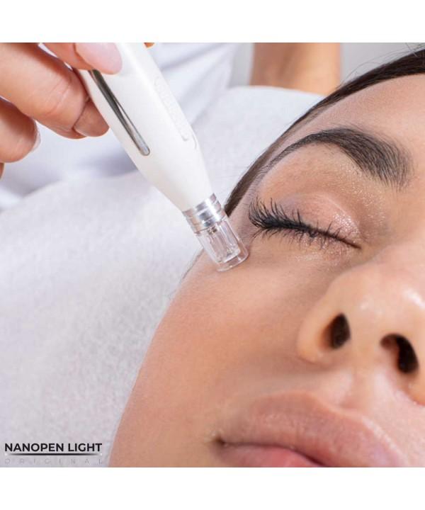 Za pomocą nanodyskowych głowic można przeprowadzić profesjonalny zabieg nanobrazji na twarzy
