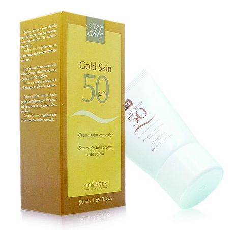 Krem z filtrem skutecznie chroni skórę przed promieniowaniem UV i zapewnia jednolity koloryt