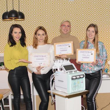 Praktyka Hydroderm 9w1 oczyszczanie wodorowe w salonie kosmetycznym Czechowice - Dziedzice