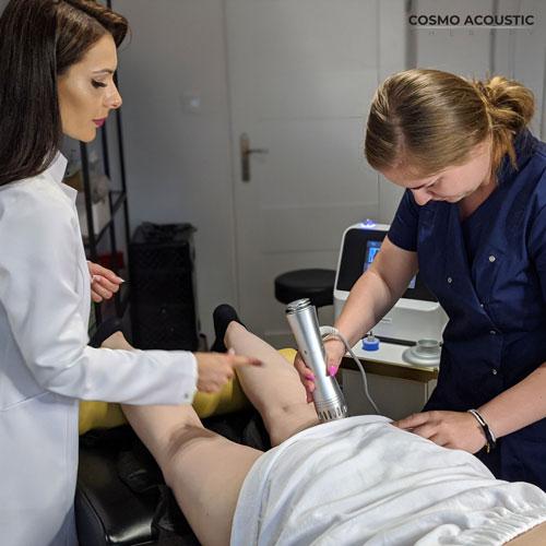 Urządzenie emituje falę uderzeniową dlatego jest wyłącznie przeznaczone do salonów kosmetologii lub fizjoterapii