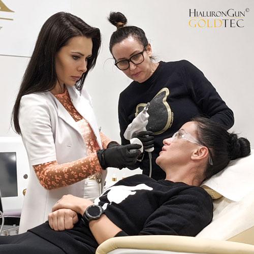 Produkt przeznaczony jest wyłącznie dla kosmetyczek, kosmetologów oraz lekarzy