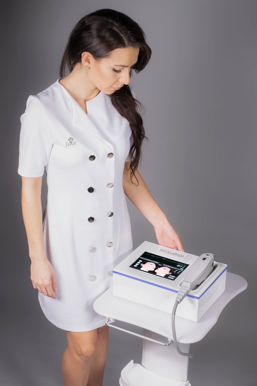 Fale ultradźwiękowe redukują cellulit i tkankę tłuszczową