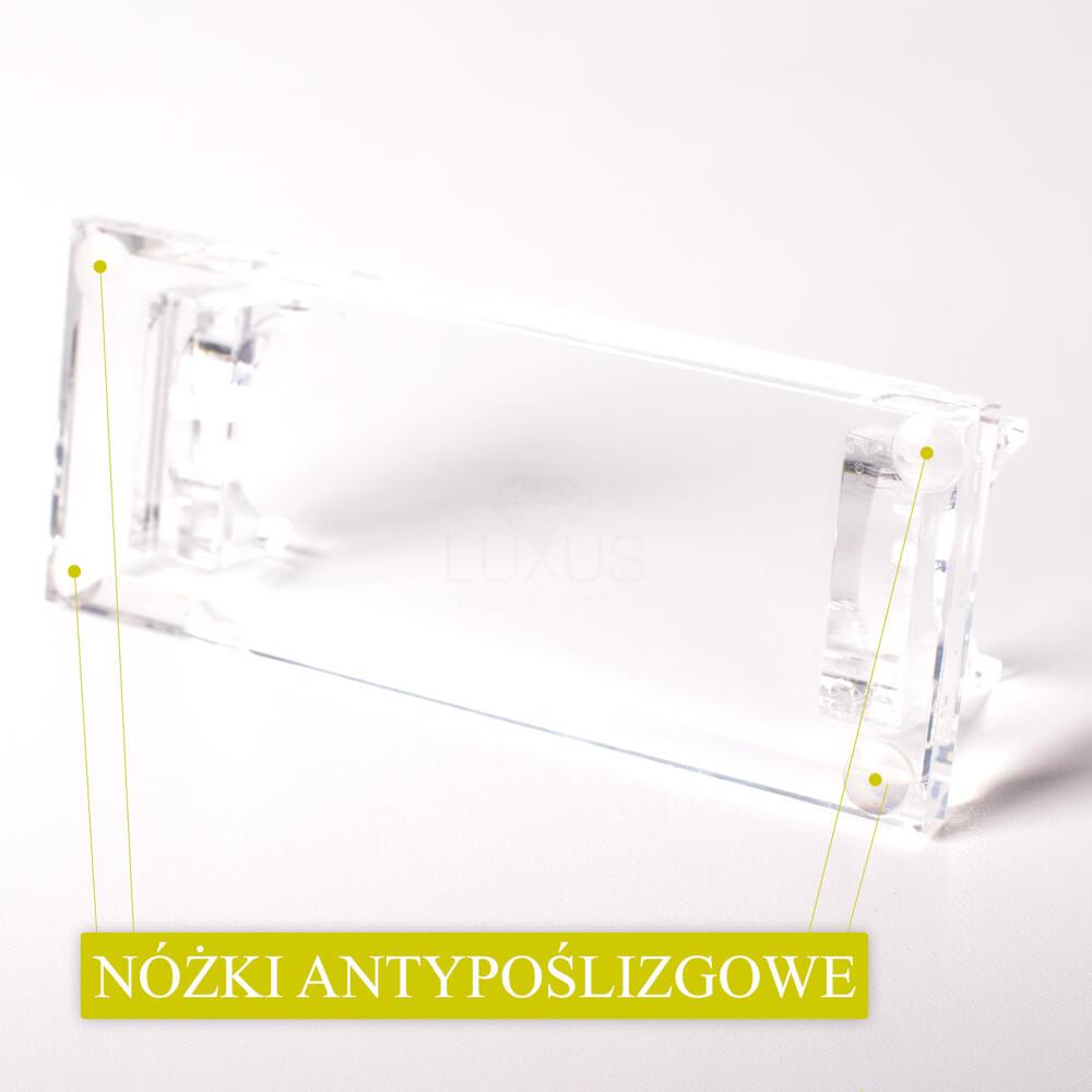 Minimalistyczny design dopasowuje się do wnętrza salonu kosmetycznego