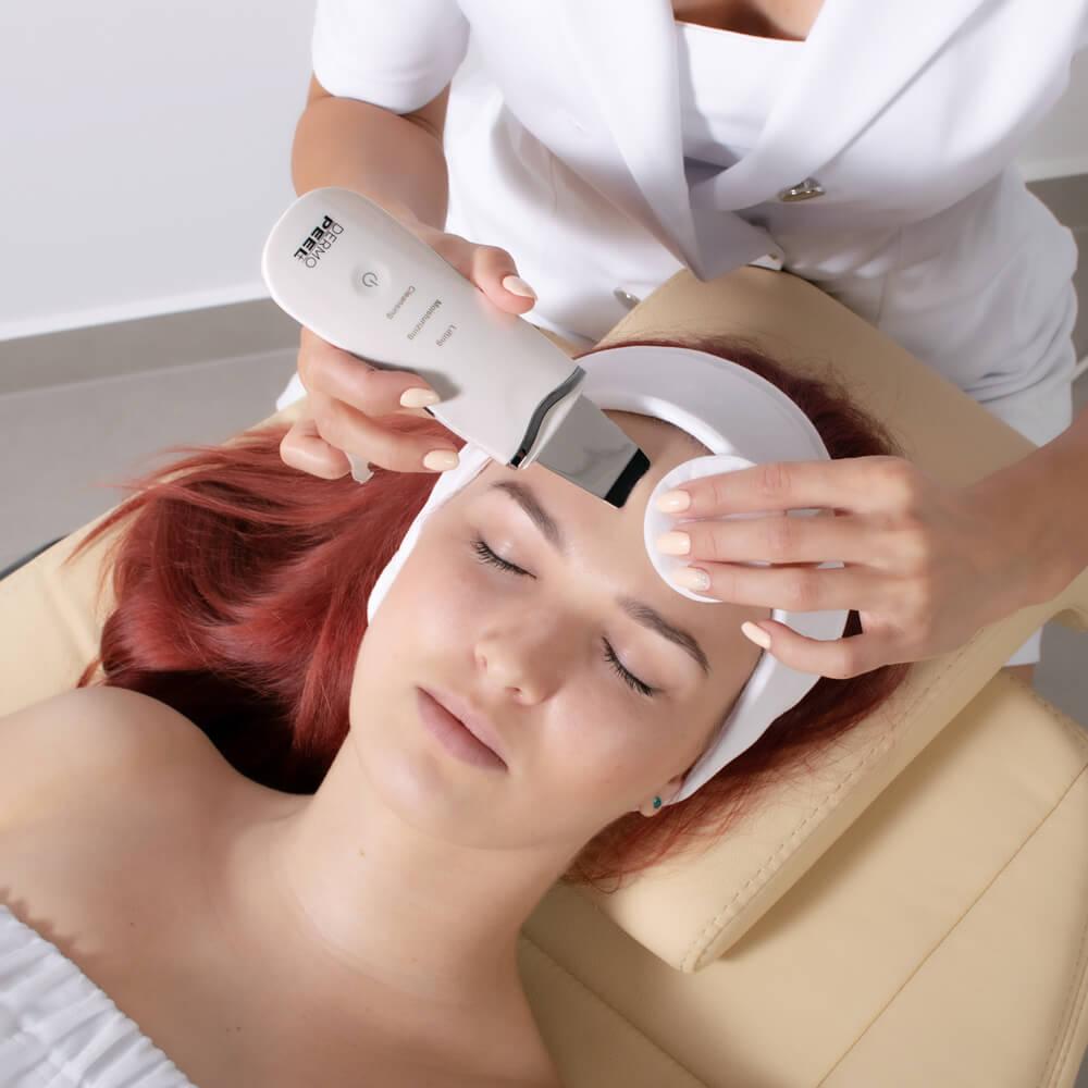 Urządzenie regeneruje skórę oraz mięśnie mimiczne