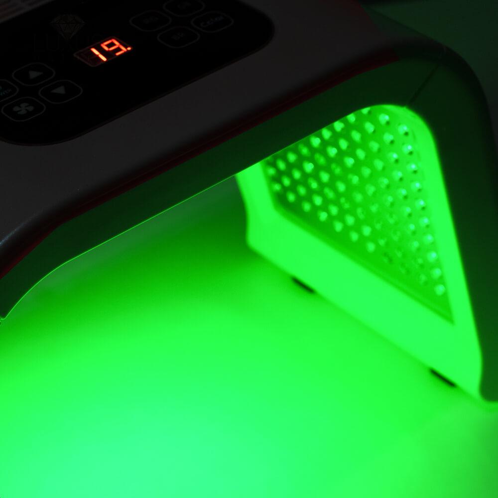 Światło zielone hamuje produkcję melaniny