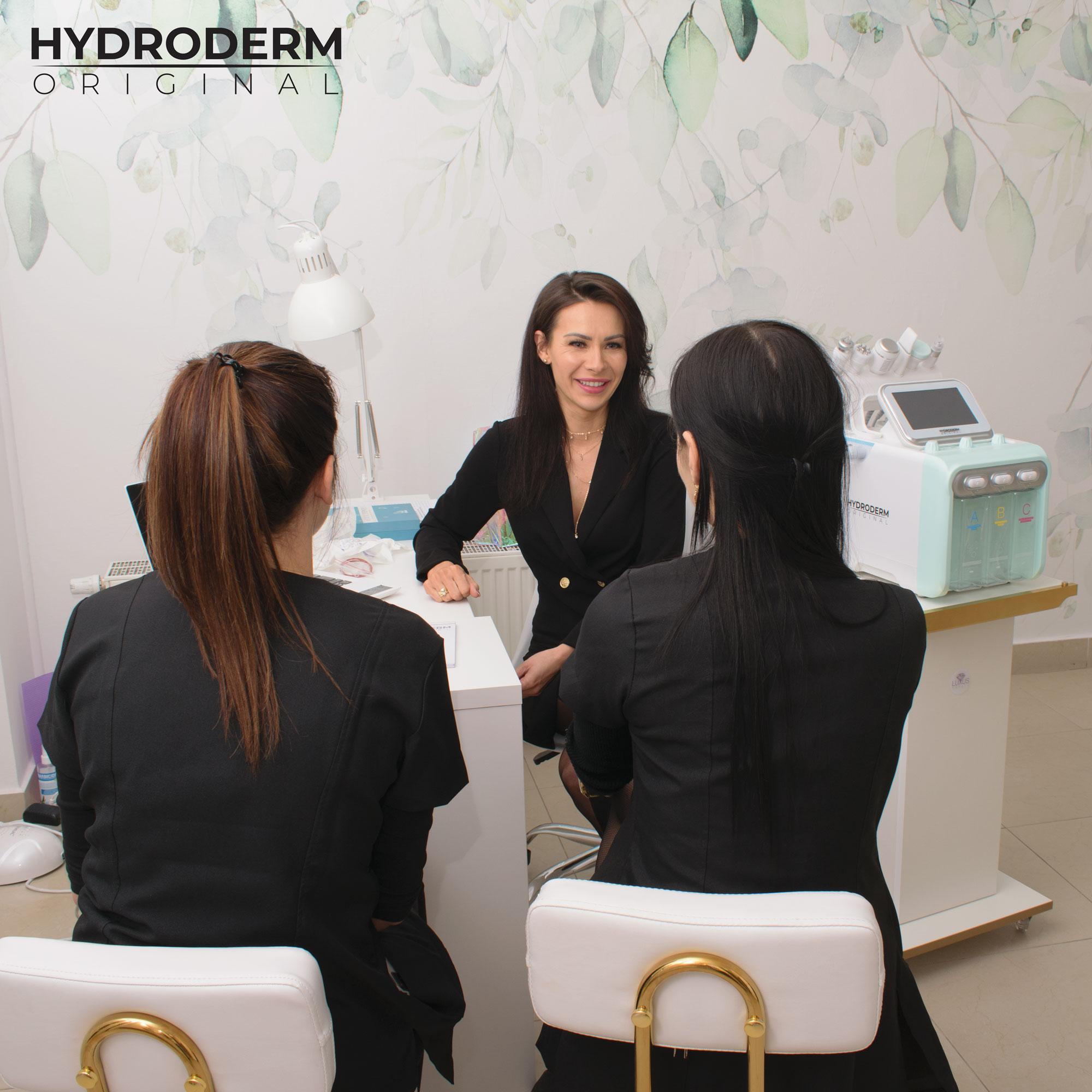 Należy wiedzieć, że oczyszczanie wodorowe dzieli się na kilka etapów, dzięki którym uzyskuje się efekt idealnie oczyszczonej skóry