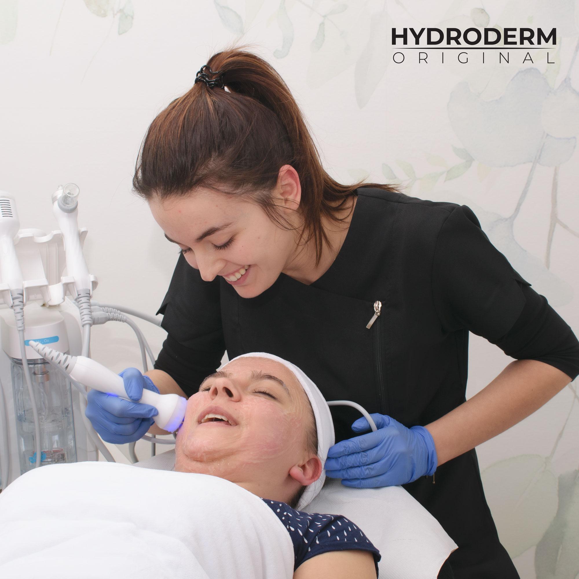 Hydroderm to gwarancja najwyższej jakości oczyszczania skóry twarzy, szyi i dekoltu