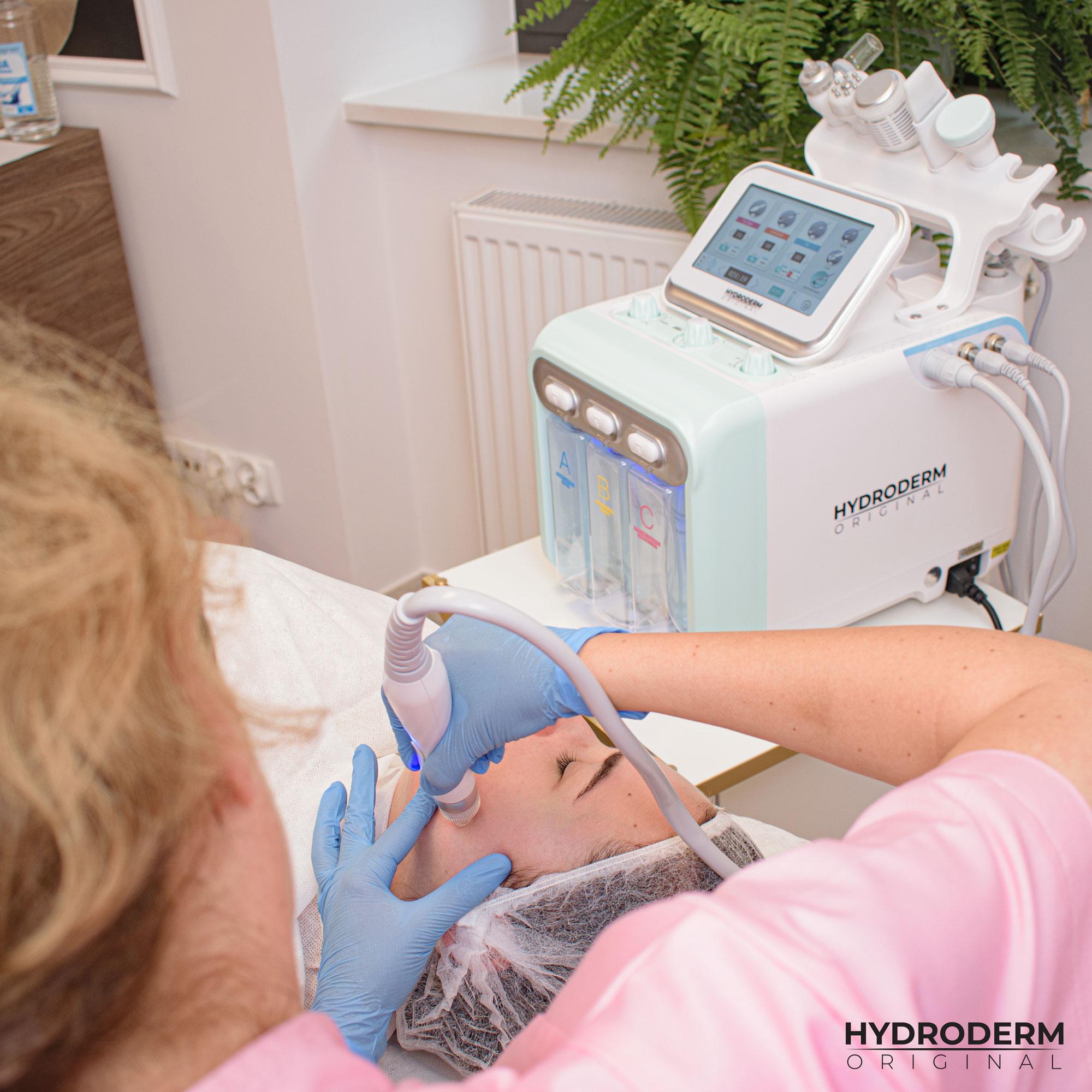 Po szkoleniu będziesz wiedzieć jaką głowicę zabiegową użyć do złuszczania martwych komórek skóry przy pomocy prądów wody i wodoru