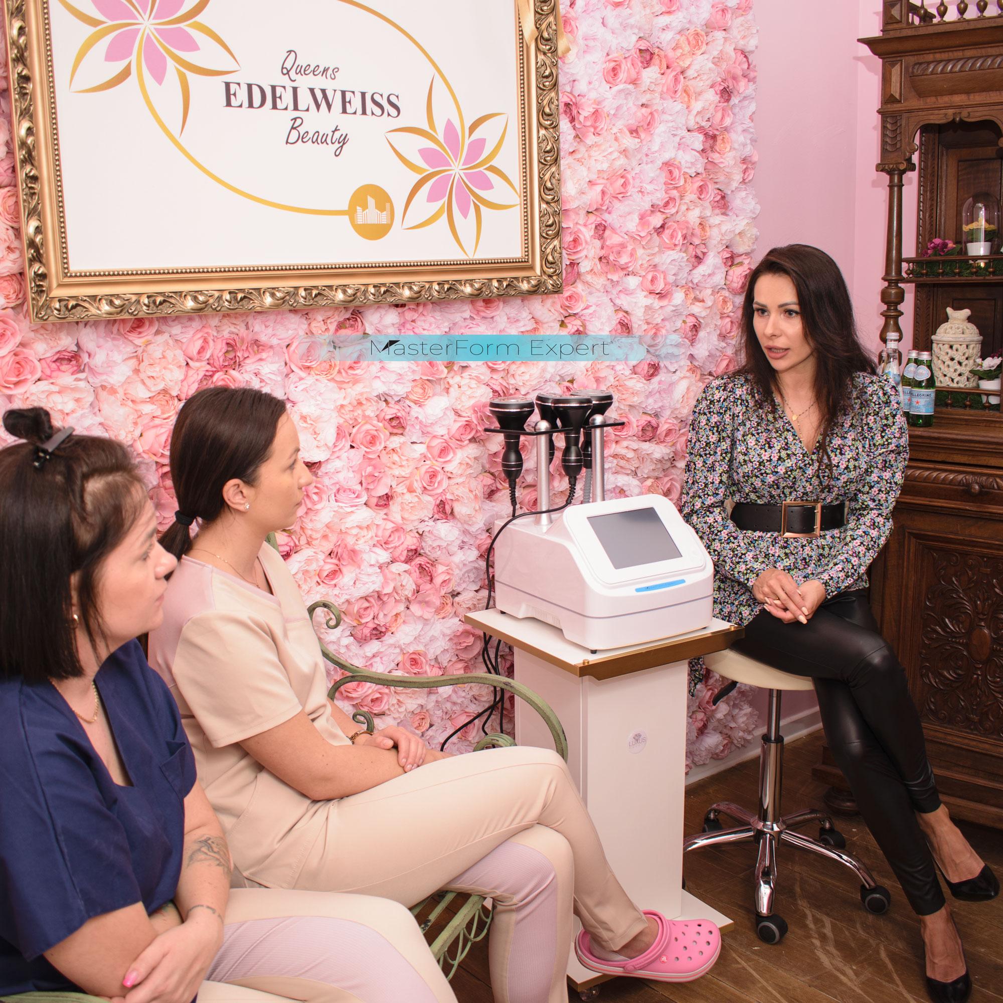 W szkoleniu bardzo ważnym etapem jest nauka teorytyczna na temat endermologii, fal radiowych, masażu próżniowego, liposukcji ultradźwiękowej i podczerwieni