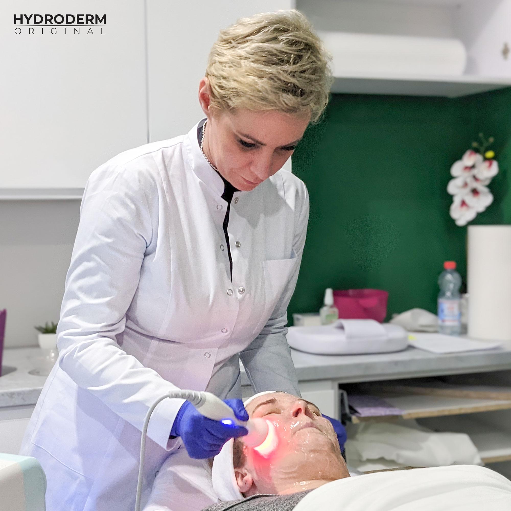 Ultradźwięki są siłą fizyczną użytą w urządzeniu do mezoterapii bezigłowej