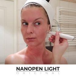 Aparat kosmetyczny wykorzystuje technologię Nano-Tech czyli nanotechnologię do frakcyjnego nakłuwania skóry